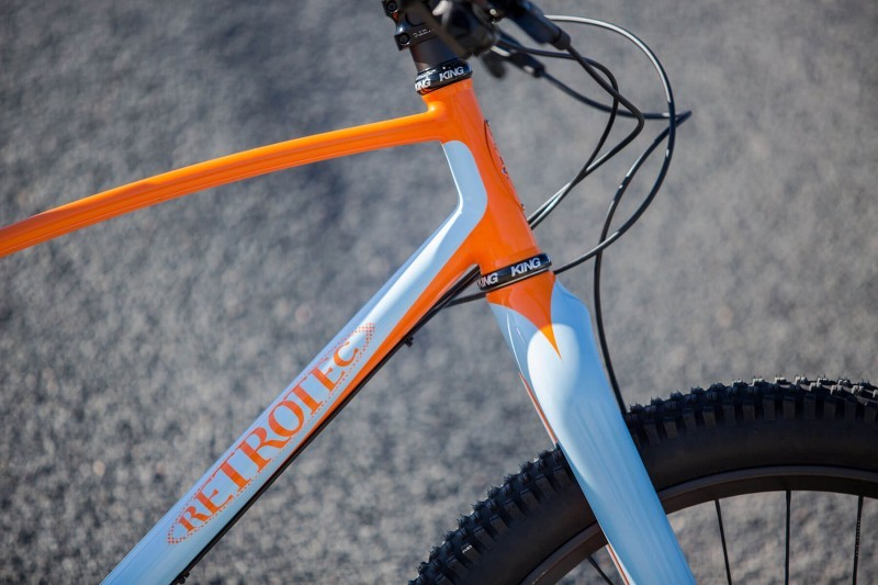 Detail shot of Kurt Barclay's 27.5+ Retrotec custom bike